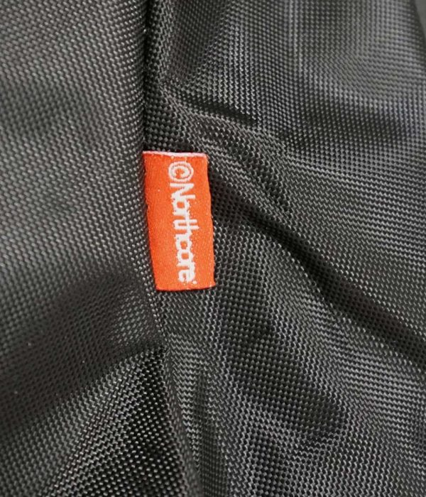 Northcore zwart seat cover detail